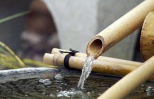 1-آبنما ترکیبی چوب بامبو و گرانیت